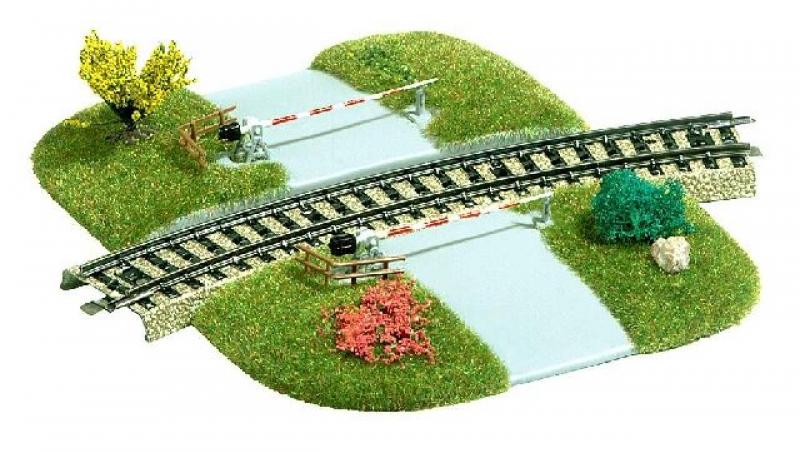 Bahnübergang für gebogene Gleise Busch H0 3209