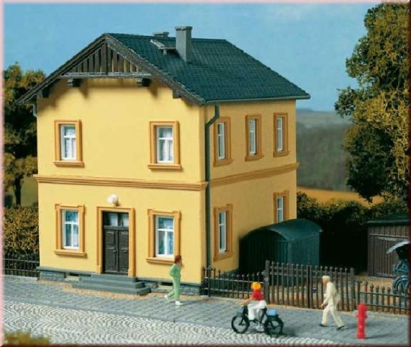 11349 Bahnmeisterei Auhagen H0