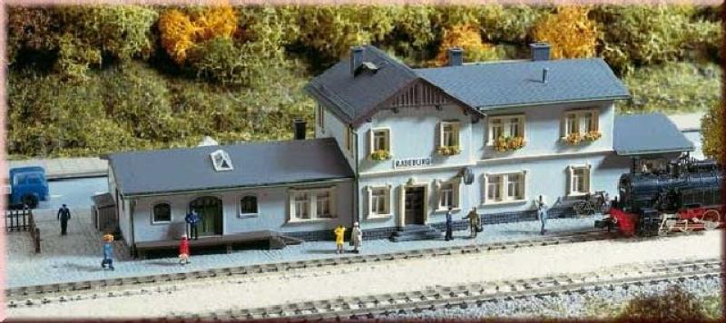 Bahnhof Radeburg Auhagen N 14453
