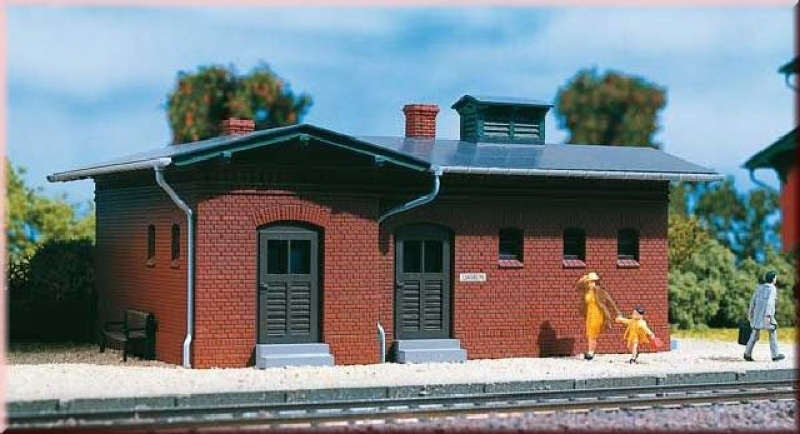 11384 Bahnhofstoilette Auhagen H0