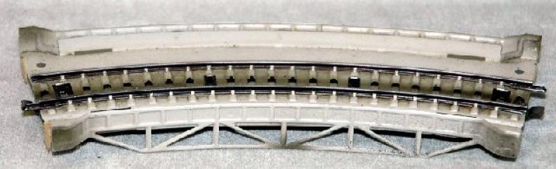 7167.1 Rampenstück mit gebogenem Metallgleis 19 cm