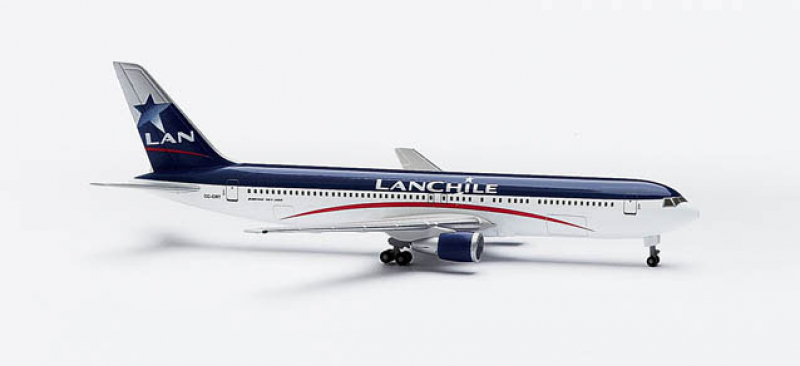502894 LAN Chile Boeing 767-300 Herpa
