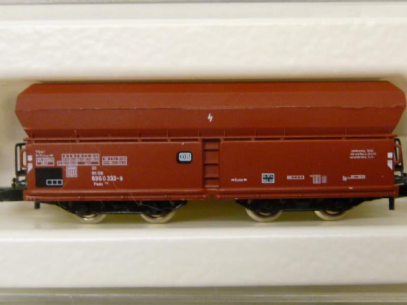 8630 Selbstendladewagen der DB Fals 176 Epoche IV - braun - Märklin Z