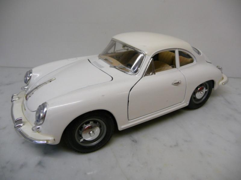 Porsche 356 A Coupe 1961 weiss  Bburago 1:18