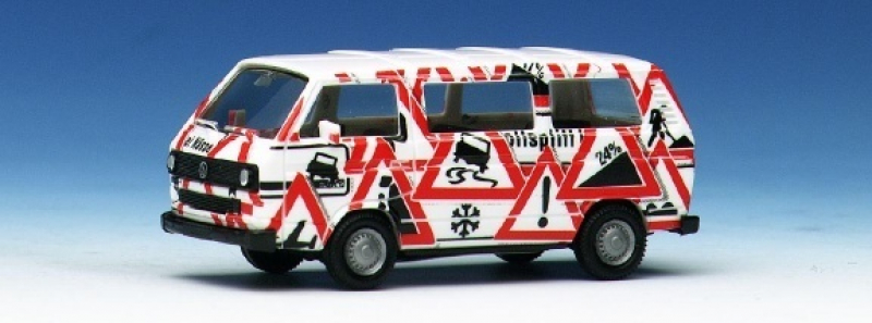 181150 VW Transporter T3 Attention Herpa