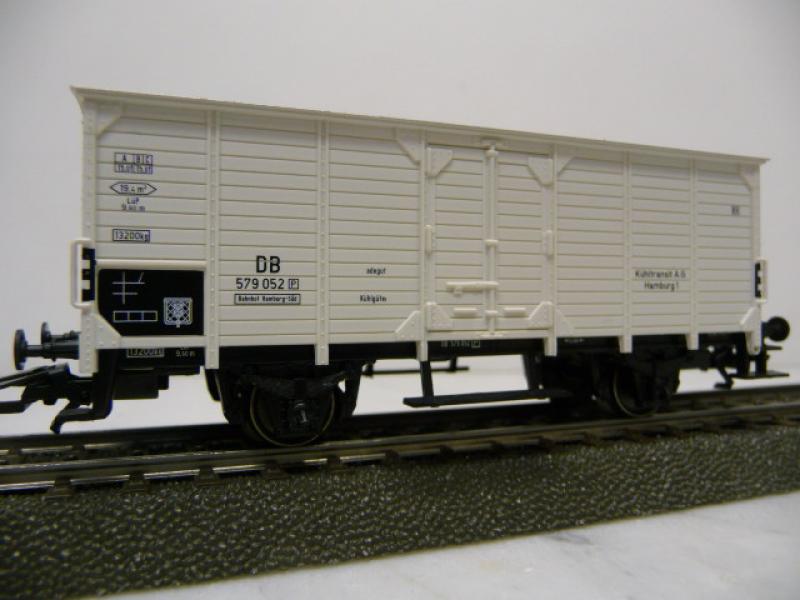 48770 Kühlwagen der DB weiss Märklin H0