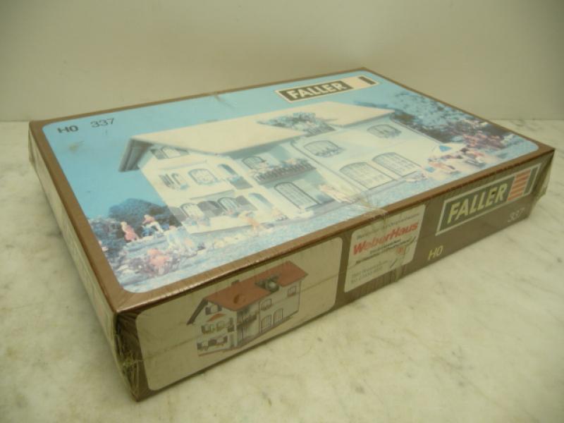 Villa Haus Noblesse 188 Teile Faller H0 337