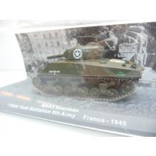 M4A3 Sherman 756th Tank Battalion 5th Army France 1945 - De Agostini 1:72