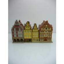3-teiliges Häuserkonvolut aus Altstadthäusern von Vollmer und Kibri - Spur N
