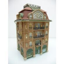 Höheres Stadt Wohnhaus mit 3 Etage und Cafe im Erdgeschoß - Spur N