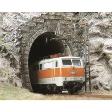 7024 2 E-Lok-Portale - Busch H0