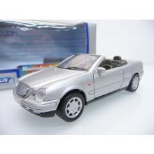 Mercedes Benz CLK 230 in silber Cabrio - Welly 1:38
