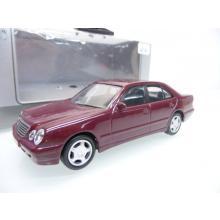 Mercedes Benz E-Klasse Die-Cast Metal Auto Collection - JoyCity 1:43
