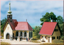 Dorfkirche mit Pfarrhaus Auhagen N 14461