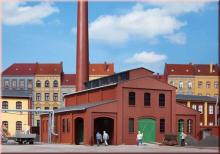 11431 Heizhaus mit Schornstein Auhagen