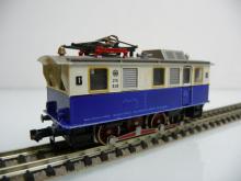 Fleischmann N 1:160 7305 Zahnradlok 3-achsig weiß/blau - Gebraucht ohne OVP