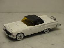 Ford Thunderbird 1957 wei