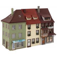130708 3 Kleinstadthäuser - Faller H0