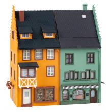 130710 2 Reihenendhäuser Kleinstadt - Faller H0