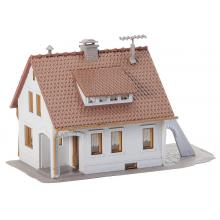 131506 Einfamilienhaus für schöne Stadtgebiete - Faller H0