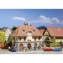 Romantisches Rathaus Faller H0 131540