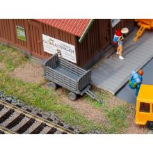 2 Bahnsteigwagen, grau Faller H0 180990